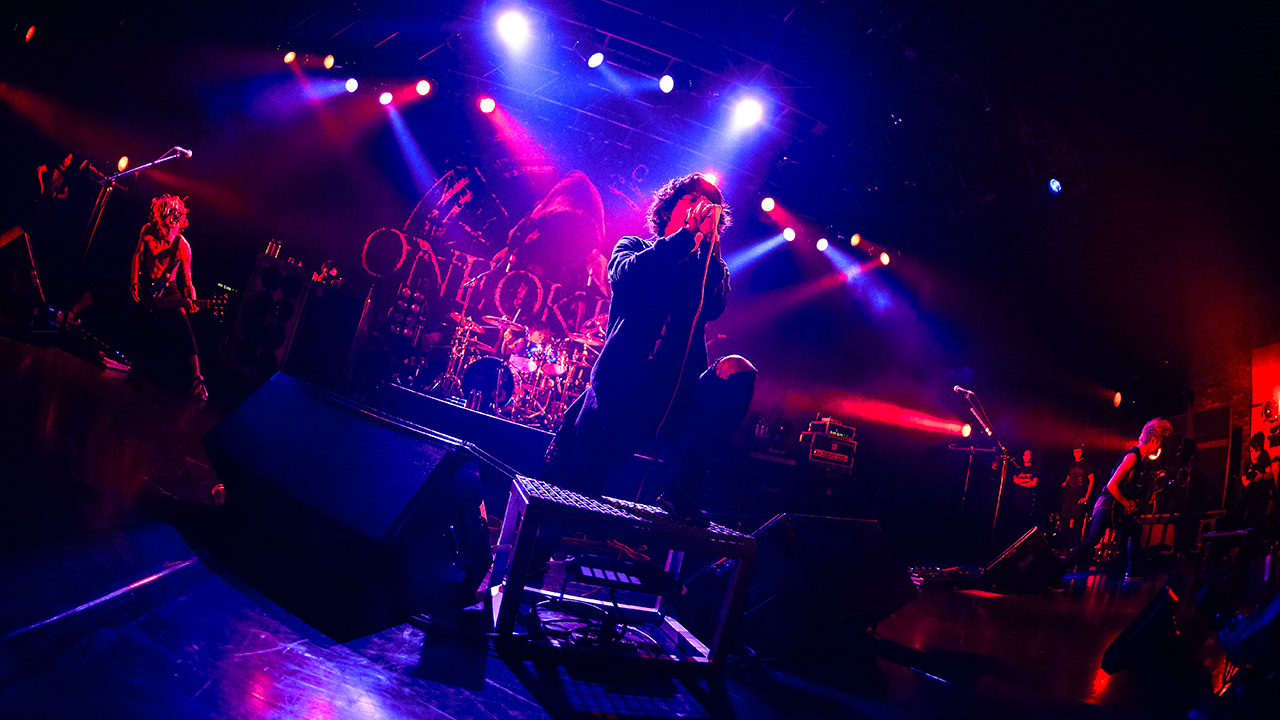 Photo Gallery Vol 12 One Ok Rock Live With You |スペースシャワーtv